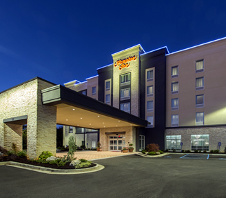 Hampton Inn Greenville exteirior night thumb